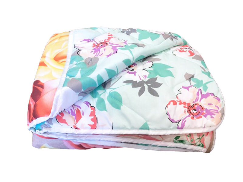 Premium quality blanket with synthepone filling.
